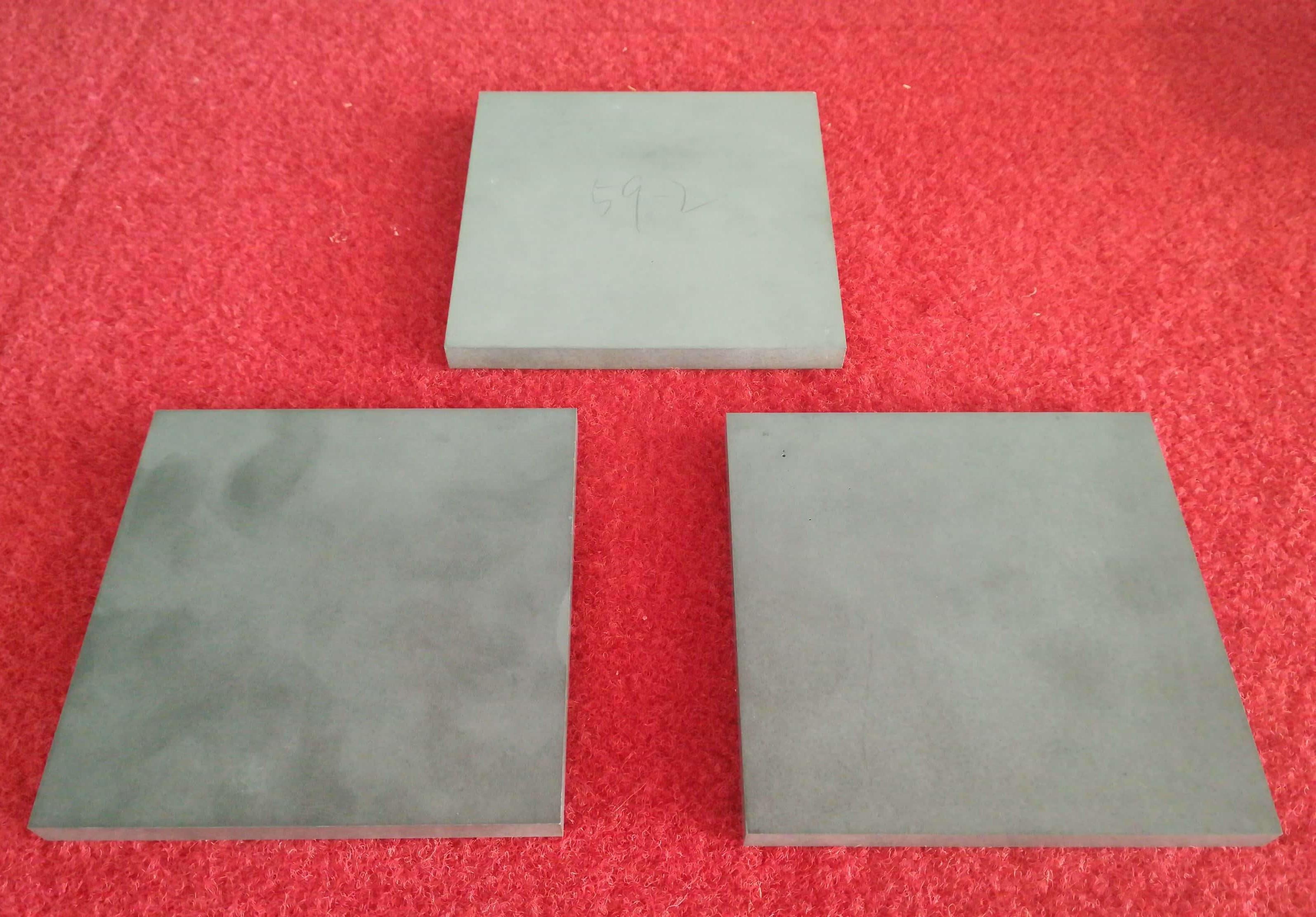 Aluminum nitride ceramic sheet